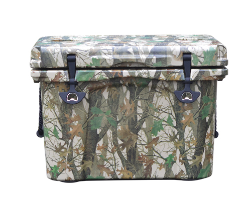 26 Quart Camo Cooler box